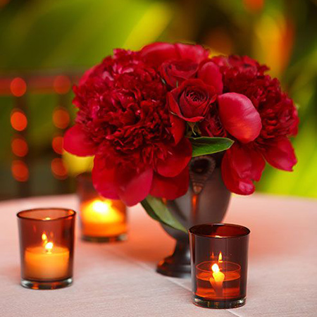 3. Red peonies & roses for cocktail hour. (via Colin Cowie Weddings)
