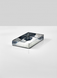 polished-aluminum-tray-serving-display