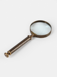 Colonial Brass Handle Magnifying glass