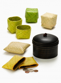 Straw Cubes & Wallets